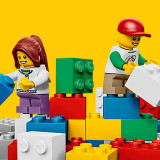 lego-151119-hero-banner-yellowfeature-mobile